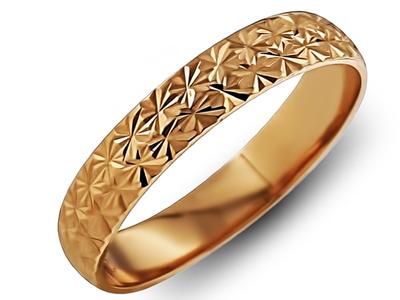 Обручальное кольцо с гранями