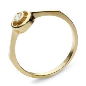 Кольцо с 1 фианитом из жёлтого золота (арт. ж-8391к)