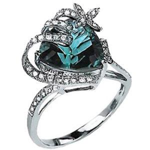 Праздничное кольцо с 43 бриллиантами, 1 топазом из белого золота (арт. ж-8704к)