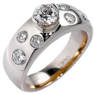 Великолепное кольцо с 7 бриллиантами из комбинированного золота 750 пробы (арт. ж-7778к )